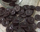 100 Vintage Chocolate Plastic Buttons with Design 19mm 2 hole, GREAT for CRAFTS!!
