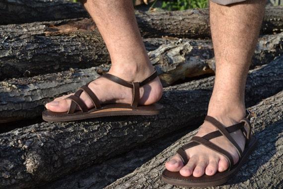 gay foot brown