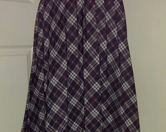 BLAIR Pleated Plaid Skirt, Size Large
