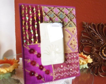 Beautiful Photo Frame With Pouch