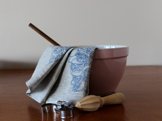 Complete your high tea look with a beautiful hand printed linen tea towel. Or spoil your mum with a lovely hand made gift for her kitchen.