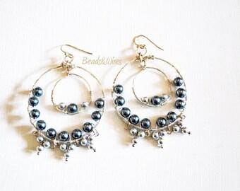 Gray pearls earring