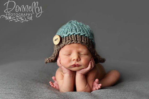 Knitting Pattern For Baby Pilot Hat : Newborn Hat//PDF Pattern//Knitting Pattern//Knit Baby