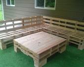 articles similaires palette meuble divan sectionnel n table sur etsy. Black Bedroom Furniture Sets. Home Design Ideas