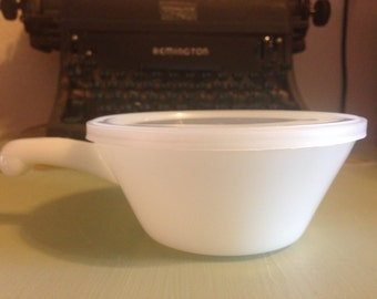 Anchor Hocking Fire King Soup Bowl With Handle White Milk Glass With Plastic Lid Vintage Retro Chili