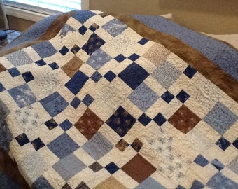 Beautiful Disappearing Nine Patch Quilt