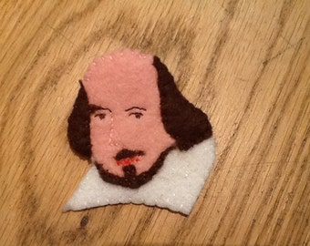 Brooch. William Shakespeare. Felt. Hand made in Stratford upon Avon.