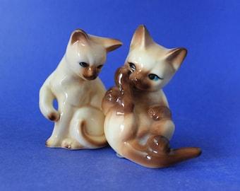 Pair of Cat Figurines, Gift Craft Taiwan, Bone China, Miniature