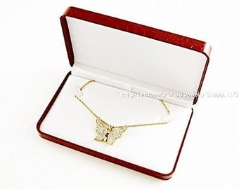 1 Elegant Red Crocodile Pattern Necklace Pendant Chain Gift Box