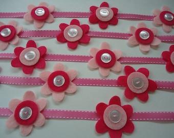Pink felt flower garland, pink party garland, felt garland, felt flower garland, party garland, flower party garland, girls room decor #001