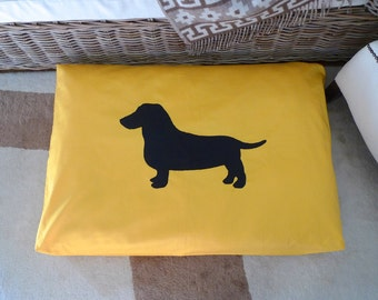 Dachshund silhouette applique dog bed