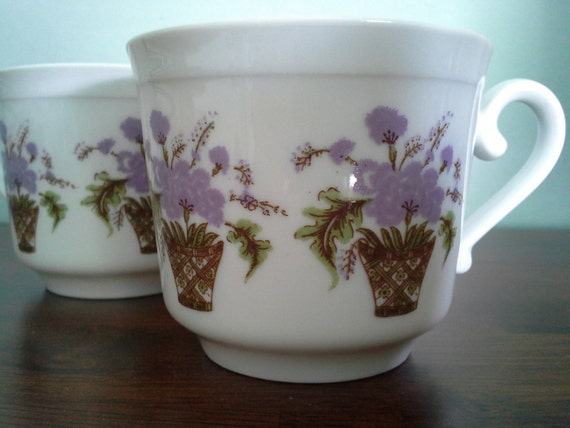Pair of Bareuther Waldsassen Tea Cups with Lavender Flowers in Baskets