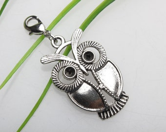 Own Charm ,- Antique Silver Night Owl Connector,Small Cute Owl Pendant ,for Bracelet & Necklace pendant ,DIY Accessory 19x25 mm