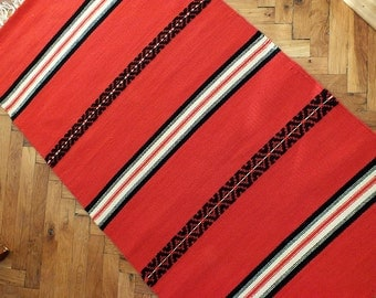 Hand woven wool rug - made to order - black and red
