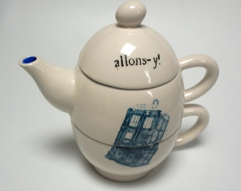 Doctor Who TARDIS Tea for One teapot set Dr Who Blue Quote options