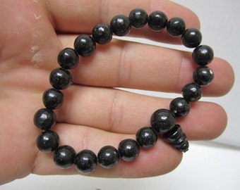 Nuummite bracelet helps transform fantasy into reality 4444