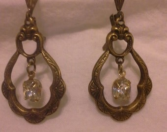 Vintage Inspired Antique Gold Brass Earrings With Dangling Crystal = E142