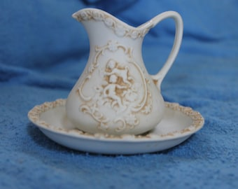 Lefton's from Japan Pitcher with bowl, Angels Pattern, Creme Color, Home Decoration, It is Beautiful in Person, Small, Vintage, Collectibles