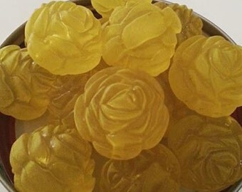 24mm Frosted Yellow Flower Bead