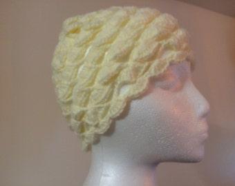 Womens crochet hat off-white