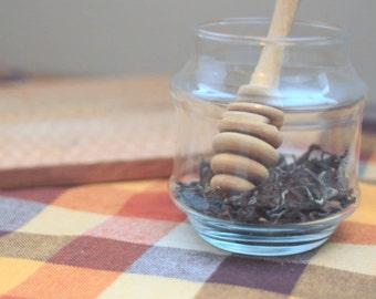 Organic Oriental Beauty Oolong Tea / Natural Honey Flavor / Organic Tea / Wolf Tea / Honeycomb