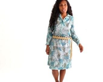 butterfly wing dress . vintage shirt dress . 1970s boho dress . 70s shift dress . butterfly print dress . xl 1x