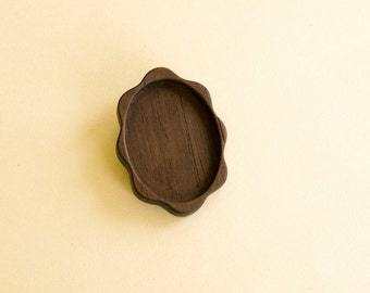 Brooch Base - Cameo Blank - Pendant Tray - Wood Bezel - Handmade by ArtBASE - Walnut - 30x40 mm - (D51-W)