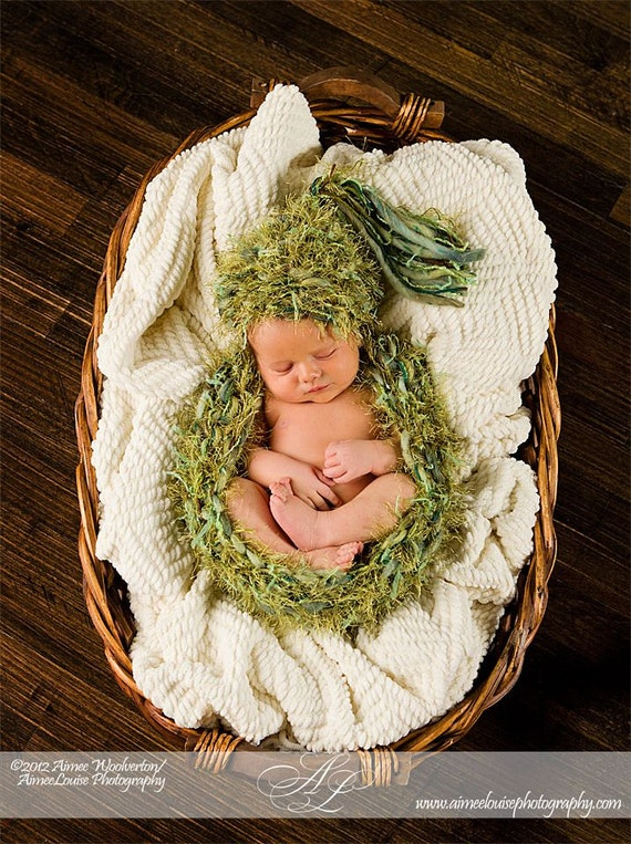 SALE Newborn Hat Cocoon SET Knit BaBY PHoTO PRoP Fuzzy Woodland Green CHuNKy Newborn Chick Cap Feathery Nest EARTHY Cocoon Beanie Bowl Hat