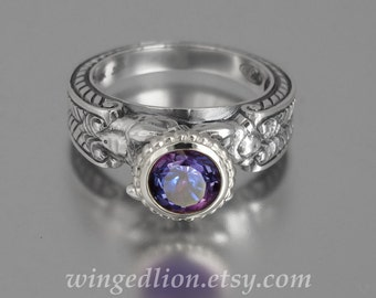 CARYATID Silver Ring with lab Alexandrite