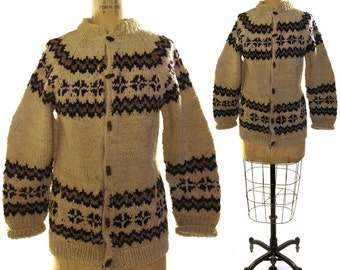 80s Cowichan Cardigan Sweater / Vintage 1980s South American Button Up Knit Blanket Coat / Fair Isle Pattern