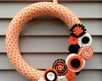 Halloween Wreath - Fall Wreath - Cream & Orange Polka Dot Fabric Wreath with Felt Flowers - Halloween - Ribbon Wreath - Polka Dot Wreath