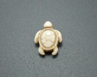 10 Natural White Turtle Beads howlite turtles 18MM (H7070)