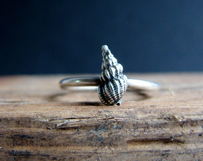 Summer Jewelry Alternative Engagement ring Silver Sea Shell Ring