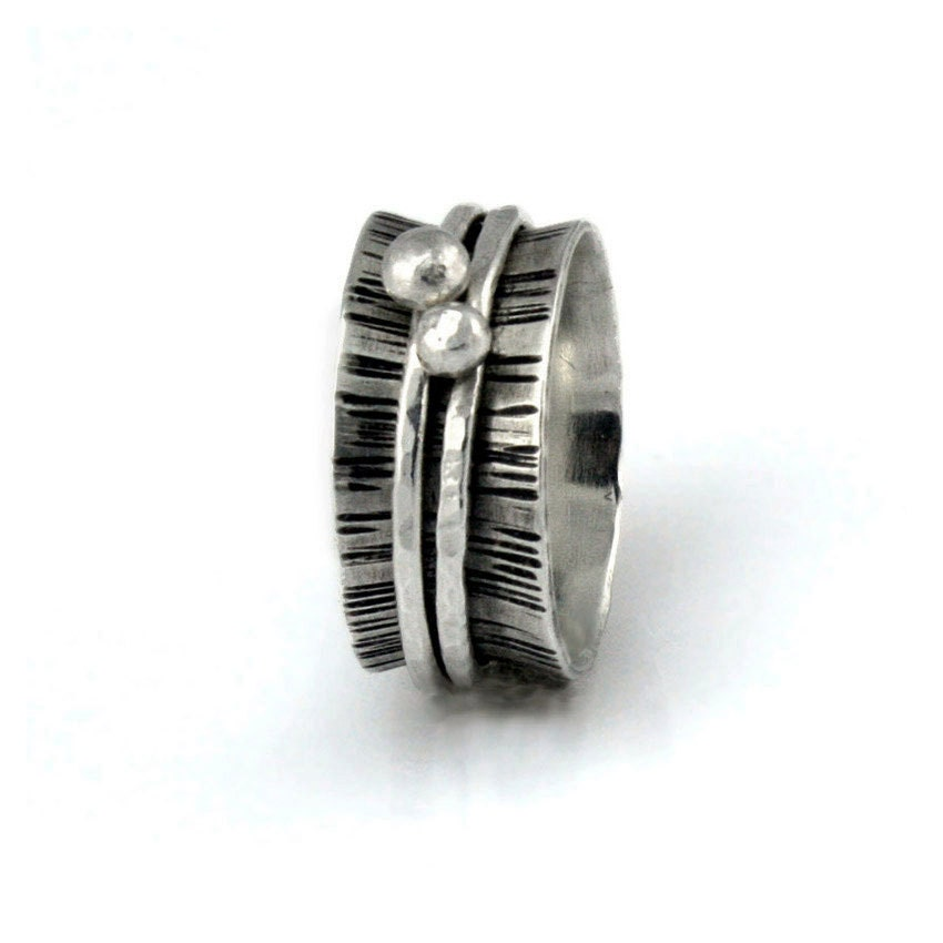 Silver Spinner Ring With Dots Hammered Wood By Bespokenjewelry