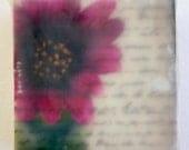 Kleine Blume - Original enkaustischen Foto auf Holzblock