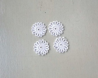 Crochet Flowers Appliques 122.01 - Loops Flowers in White Color  - 4 pcs