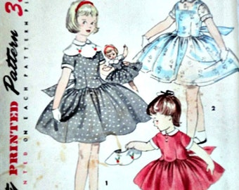 Rare 50's Simplicity 1367 Sewing Pattern, Girl's One Piece Dress, Detachable Collar, Matching Doll Dress, Size 6, Factory Folded