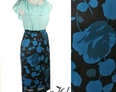 1980s Floral Print Pencil Skirt - Vintage Black w Bold Blue Flowers  - size Small