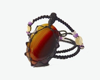 Agate macrame Necklace - Your Stone For Protection - Bohemian healing crystal- chalcedony