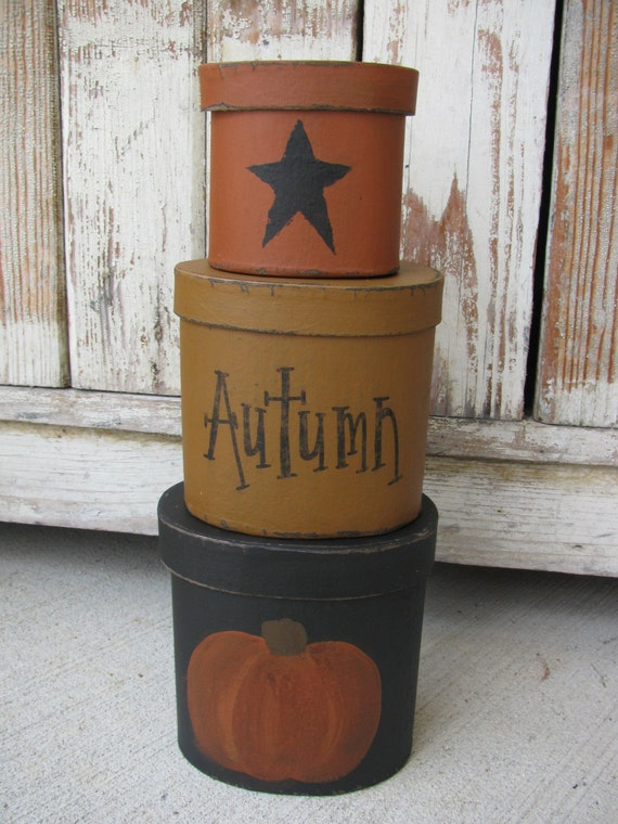 Primitive Pumpkin and Star Hand Painted Oval Set of 3 Stack Boxes GCC01977/3021
