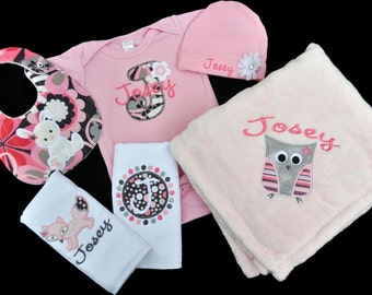 Personalized Woodland Creatures Baby Girl Gift Set / Bodysuit, Cap with Flower, Blanket, 2 Burpcloths and Bib / Owl Bunny Fox