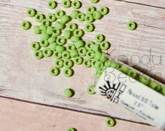 Round 8/0 Toho Glass Seed Bead Green Opaque Frosted Sour Apple TR-08-44F/c
