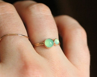 Set of Two SOLID 14k Gold Stack Rings - Vivid Chrysoprase Orbs - Simple Beautiful 14K Gold Stack Rings