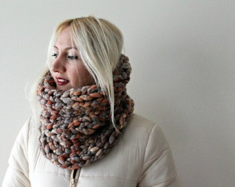 Chunky Knit Cowl, Cowl Scarf, Hand Knit Cowl Scarf, Chunky Snood, Knitted Cowl, Infinity Scarf, Oversized Cowl, Womens Chunky Cowl