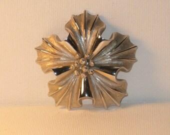 Vintage Coro Silver Tone Floral Brooch Pin (B-3-5)