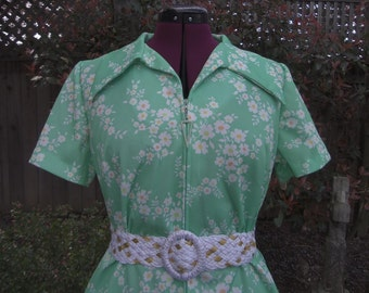 1970s Dress Waitress Dress Polyester Dress Mod Dress Zipper Front Dress Floral Dress Three R's Dress 1960s Dress Floral Dress Size 16 1/2