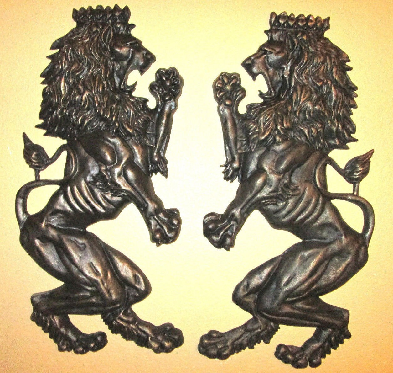 Set of 2 x large britannic lion wall plaques free usa zoom amipublicfo Choice Image