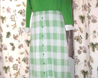 60s 70s Long Green and White Polyester Layered Look Dress - Plus Size Vintage