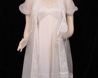 Robe - Baby Doll - Circa 1950's/60's - Miss Elaine