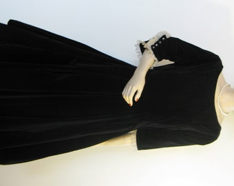 Vintage 50s Toni Todd Originals Black Velvet Dress with White Ruffly Cuffs & Full Skirt, Size 8